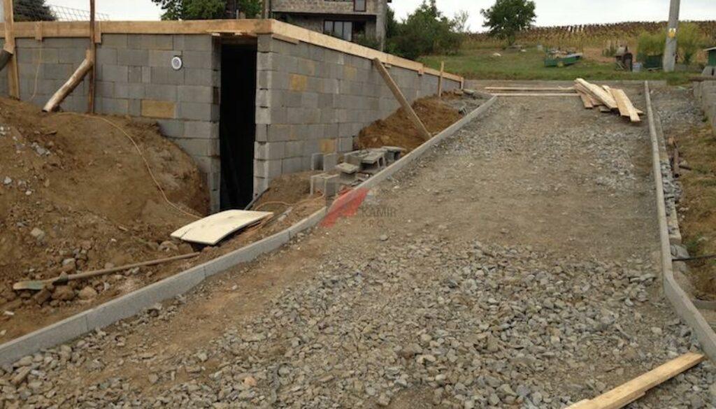 pristupova-cesta-zaklady-pod-garaz-29